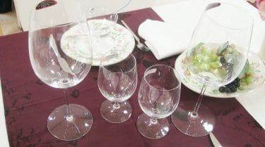 ワイングラスのセッティング