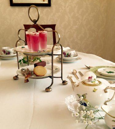 紅茶テーブルセッティング
